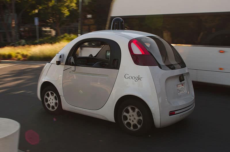 La voiture autonome de Google au Googleplex
