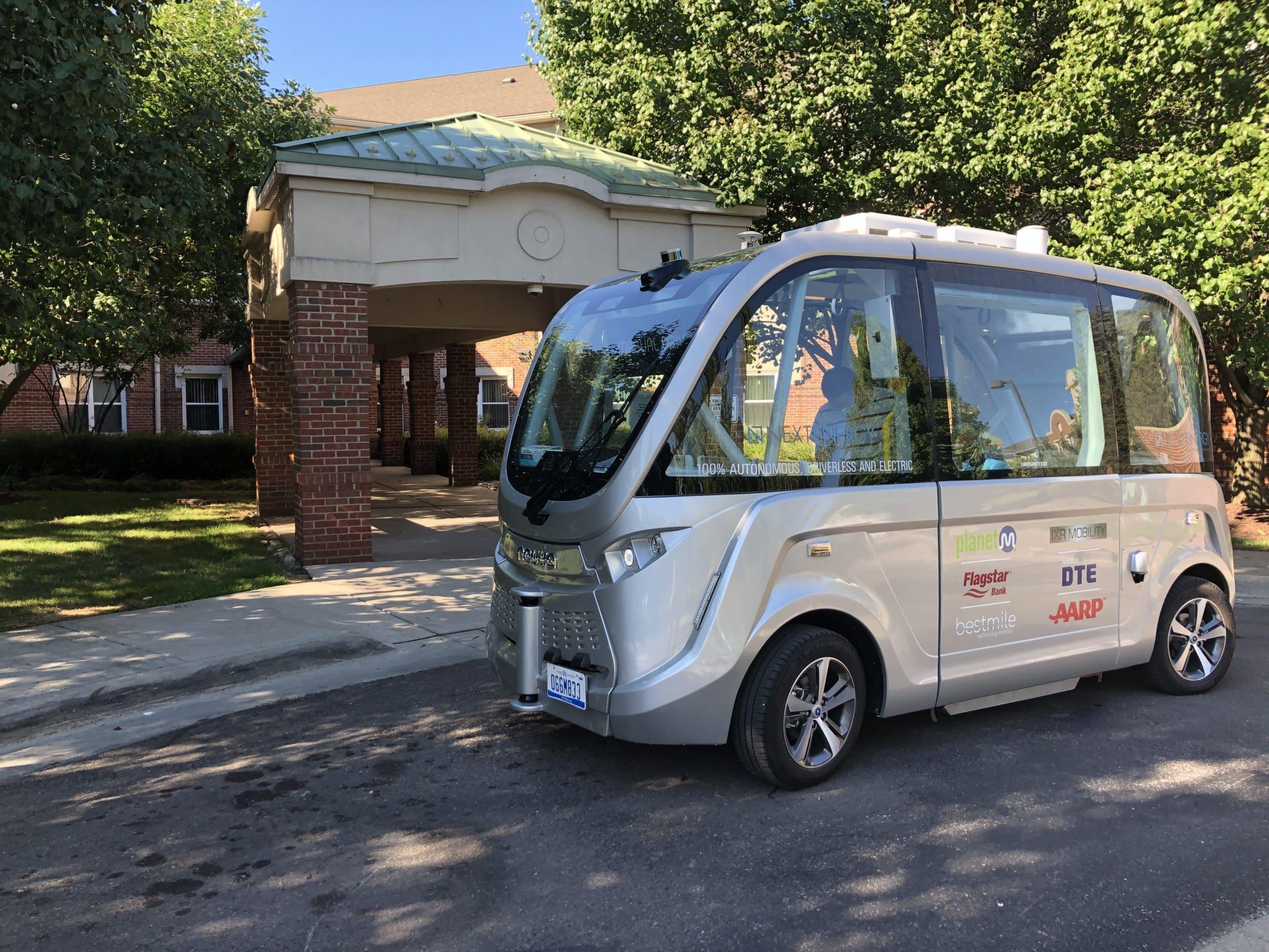 DMC self-driving shuttle
